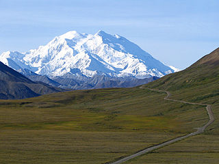 320px-Mount_McKinley_and_Denali_National_Park_Road_2048px