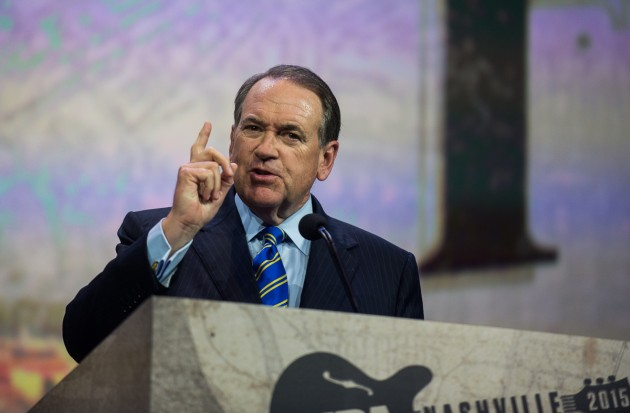 """Former Arkansas Governor and FoxNews Host Mike Huckabee talks about his book """"God, Guns, Grits, and Gravy,"""" and the problems in America today. (Photo: ZD Roberts)"""