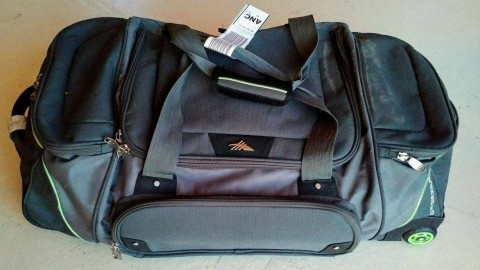 """I have packed my swanky Hartmann valise; Tinsel Town here I come! And by """"swanky Hartman valise"""" I mean that vinyl duffel bag I got at Costco in South Anchorage seven years ago."""